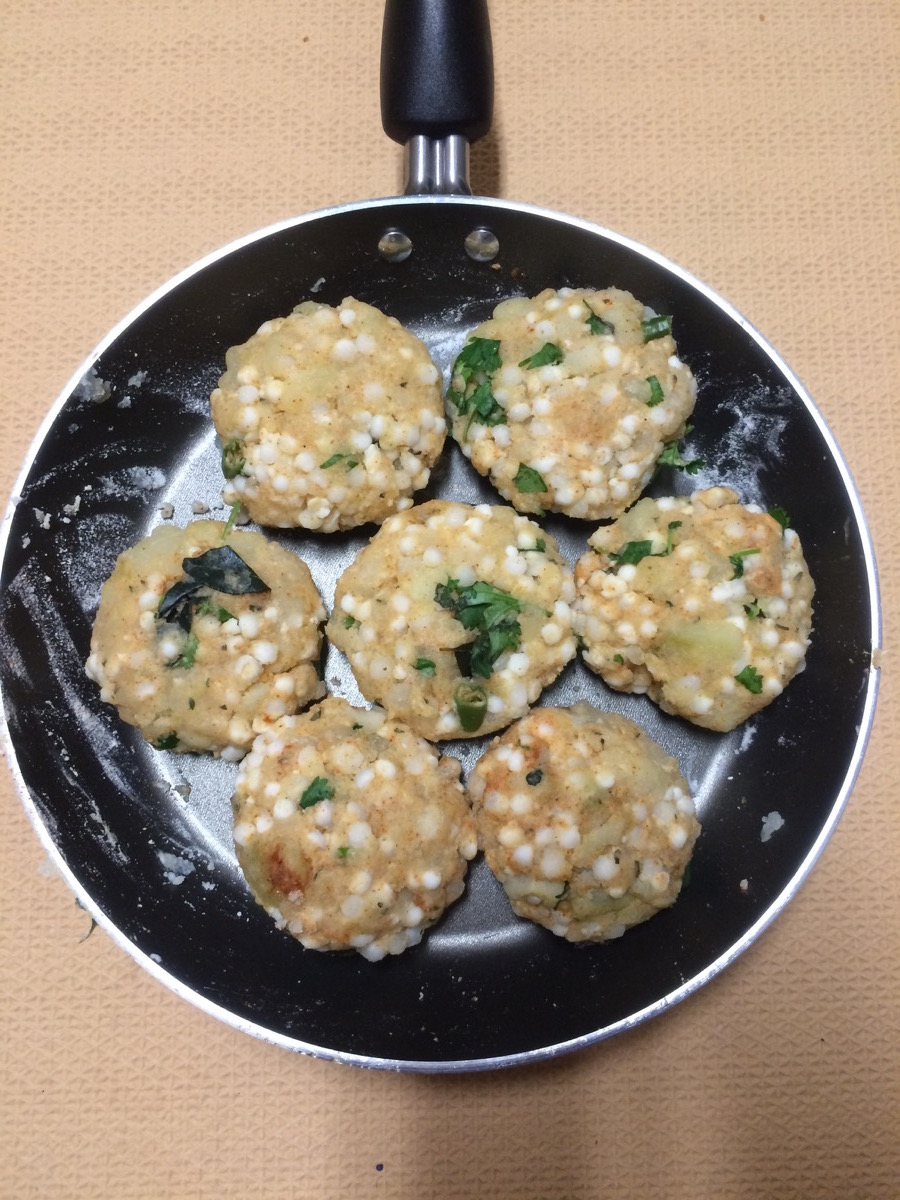 sabudana_vada_ready_to_deep_fry