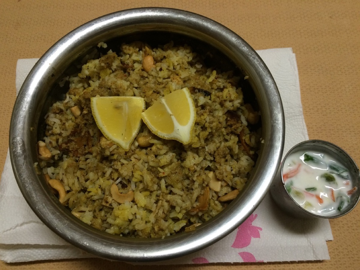 chicken_biryani_with_raita